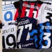 Il regalo di Danilo D'Ambrosio: all'asta le magliette dei campioni per i 18 anni de I Tetragonauti